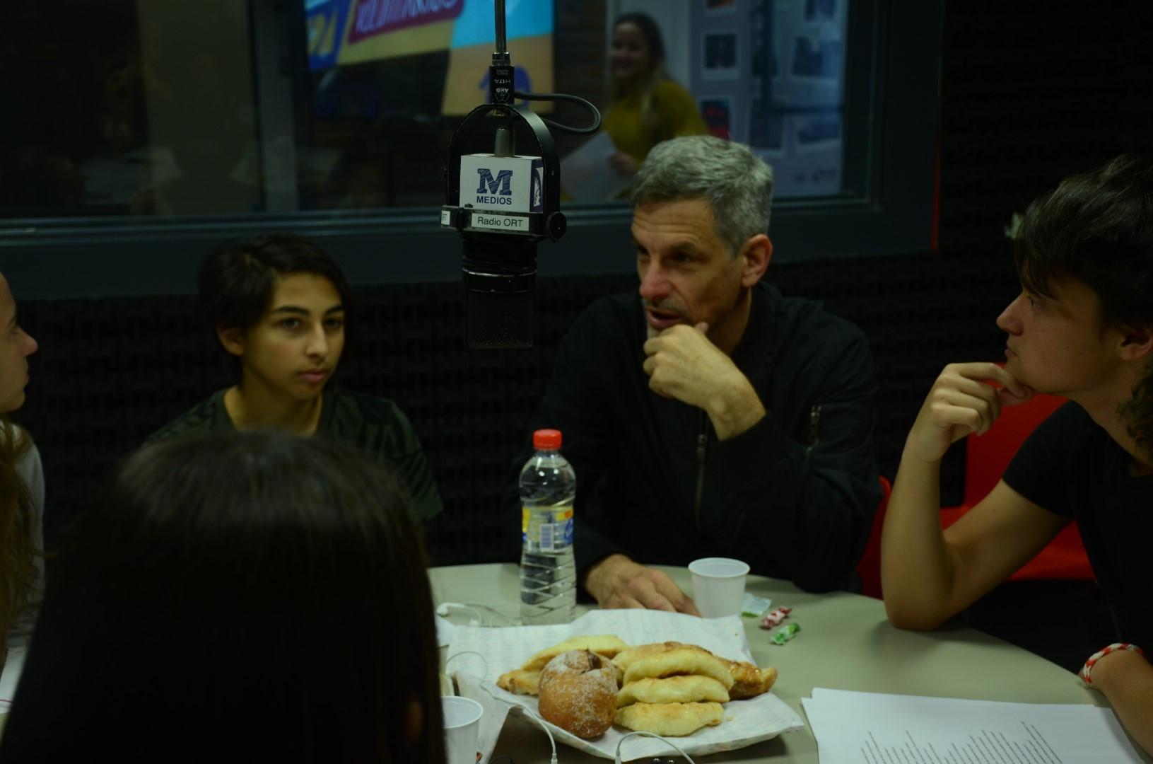 Maratón de radio 2018: un divertido y desafiante cierre de ciclo para los alumnos de Medios