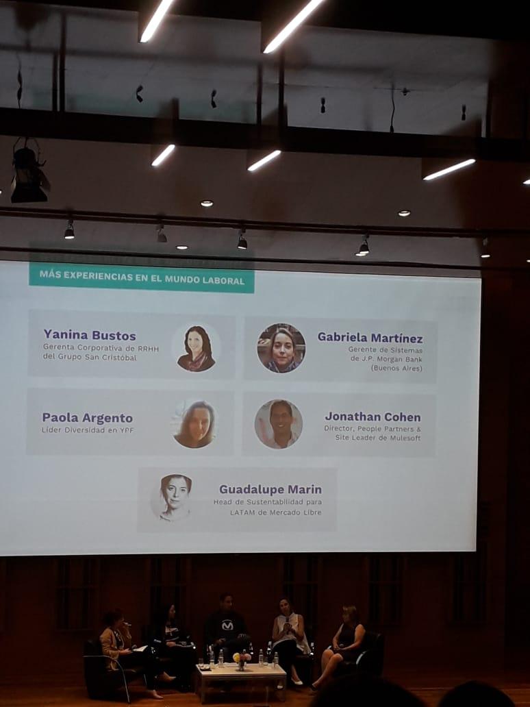 Experiencias educativas que promueven la equidad de género en Ciencia y Tecnología